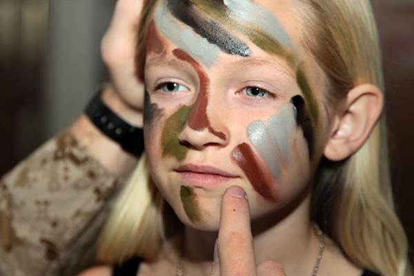 camo-face-paint.png